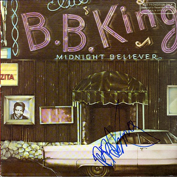 B.B. King Autographed Midnight Believer Signed  LP Photo Proof