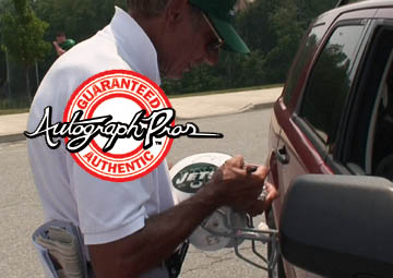 Autograph Pros tackles Broadway Joe Namath