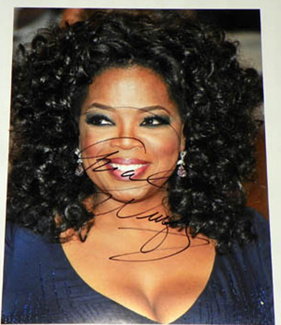 Oprah Winfrey Autographed Signed 11x14 Glossy Photo