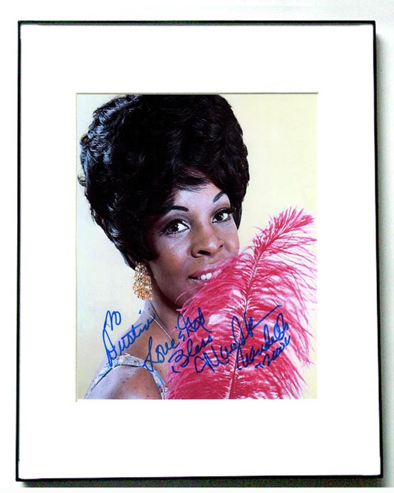 Martha Reeves Autographed Glamour Photo Vandellas   AFTAL